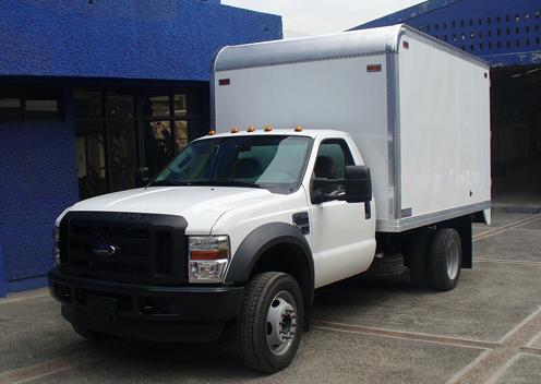 Comprar Carrocería tipo refrigerada con bordas en chasis f-350 cava-f020
