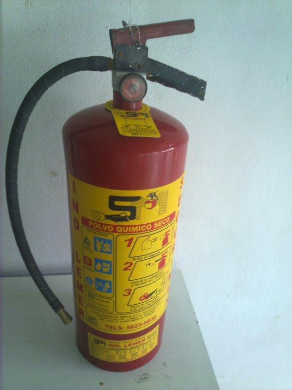 Comprar Extintor de polvo químico seco