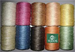 Threads for retail trade (for everyday use)
