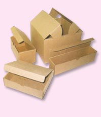 Boxes and cases made of cardboard