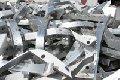 Chatarra de metal no ferroso, como acero inoxidable, aluminio de todos tipos, cobre, bronce, etc. Limpio y contaminado, así como rebabas de maquinado de todos los metales.