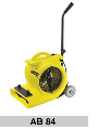 Equipment for the cleaning with the use of compressed air