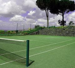 Servicios de construcción de pistas de tenis