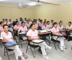 Licenciatura en Enfermería en 2 años